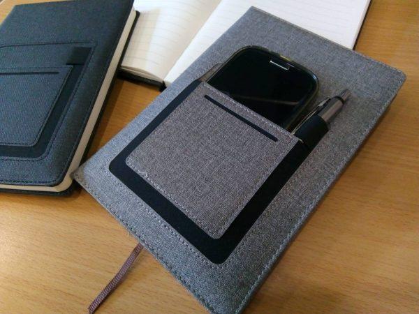 Тефтер с калъф за телефон и химикалка